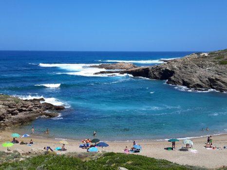 beach-972437_960_720